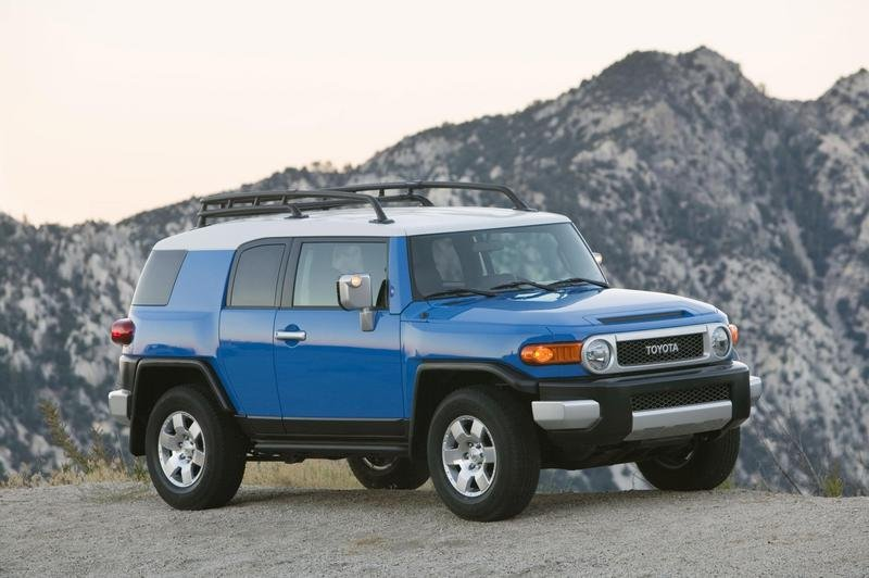 Toyota FJ Cruiser - 2007 SUV of the Year