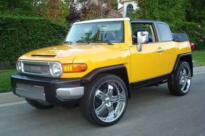Toyota FJ Cruiser Convertible just in time for summer