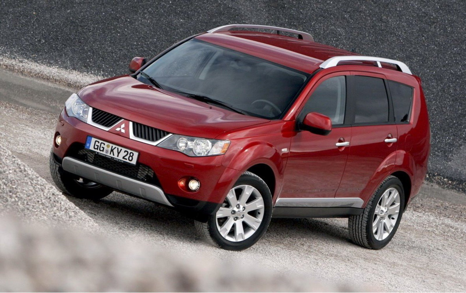 Peugeot e-2008 SUV 2020 review   Carbuyer