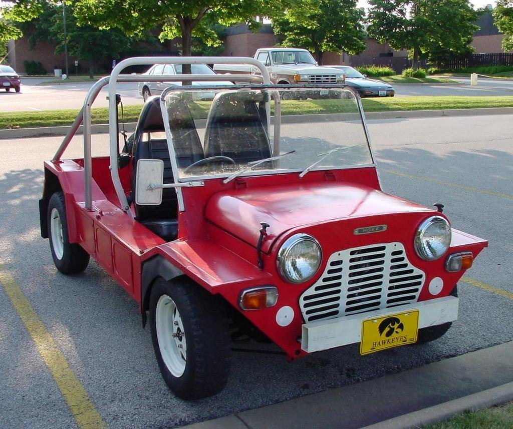 Cars For Crims Daily Telegraph Daihatsu Copen Wiring Diagram Not Even A Rack Of Loaded Glocks Would Add Any Cool To Suzuki Mighty Boy This Ultra Compact Mini Ute Isnt Big Enough Accommodate Some Our