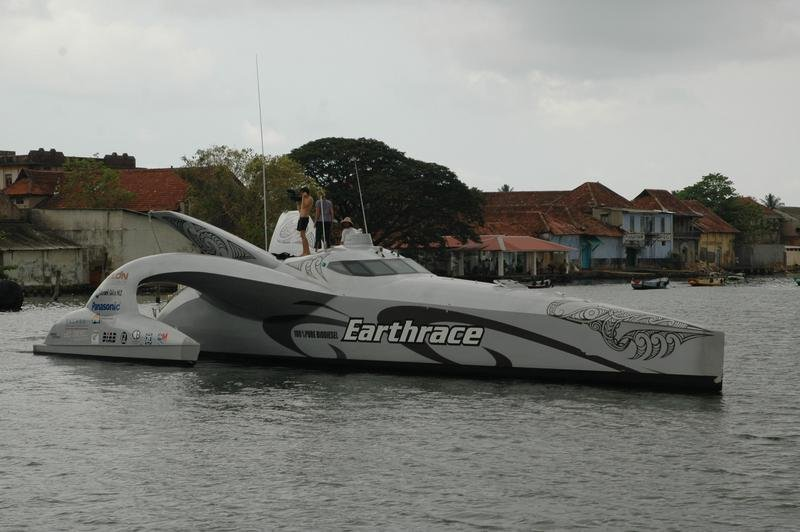 Earthrace forced to abandon record attempt after the Mediterranean storms