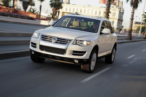 2008 volkswagen touareg 2 car review top speed. Black Bedroom Furniture Sets. Home Design Ideas