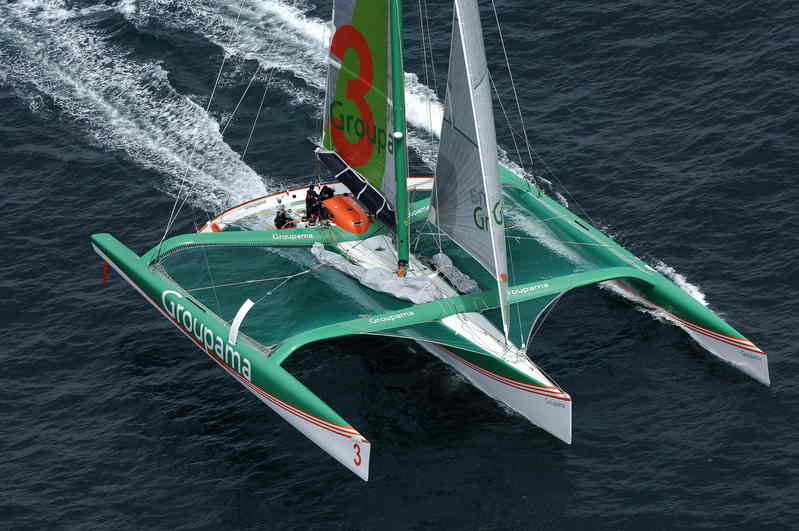 Groupama 3 establishes three new records