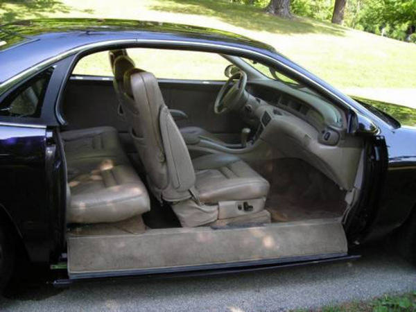"""Honda Suv For Sale >> Lincoln With """"disappearing"""" Door On EBay 