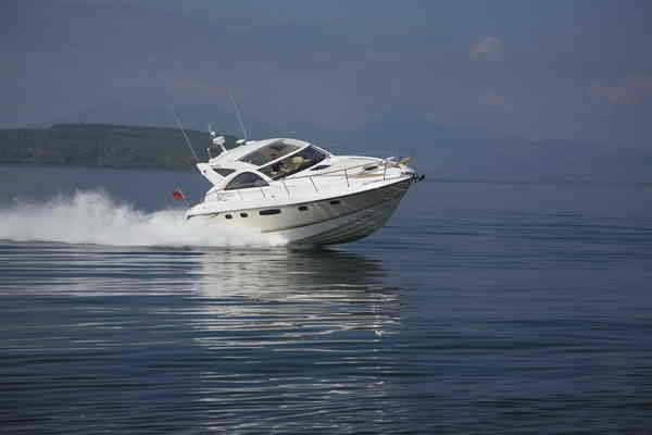fairline targa 44 picture