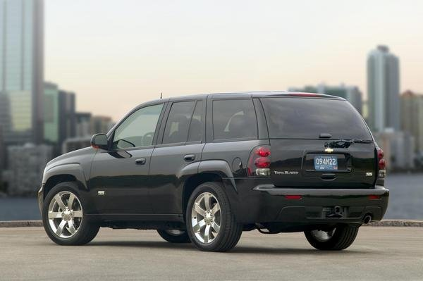2008 Chevrolet TrailBlazer SS | car review @ Top Speed