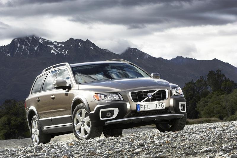 2008 Volvo XC70 pricing announced