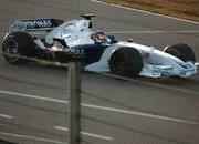 Fernando Alonso on top at Hungaroring practice session - image 189972