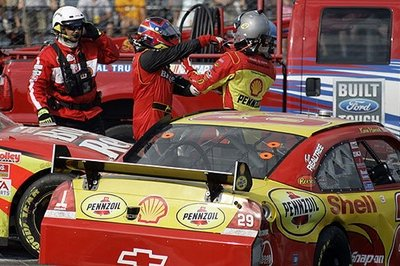 No penalty for Montoya and Harvick