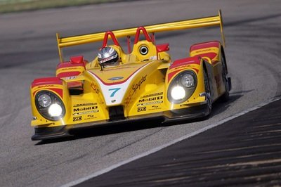 Porsche RS Spyder sets fastest qualifying time in class