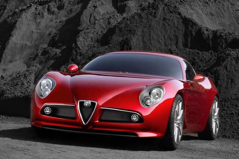 US Alfa Romeo 8C to be unveiled this week-end