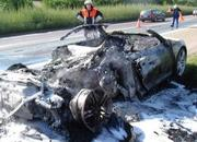 In Flames! hidraulic problem on the Audi R8? - image 196399