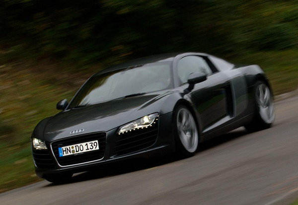 audi r8 the slowest car we 39 ve ever built news top speed. Black Bedroom Furniture Sets. Home Design Ideas