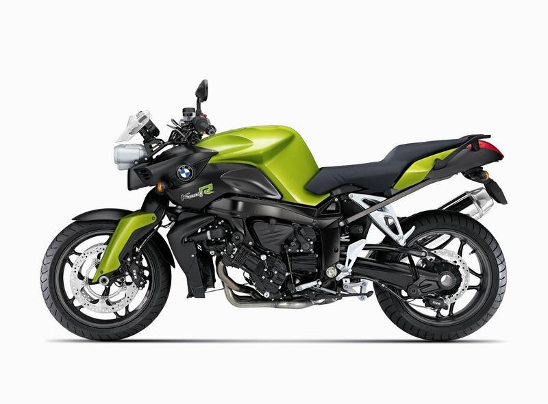 Intelligent special equipment feature package solutions and new colours offered by BMW Motorrad for nearly all 2008 models