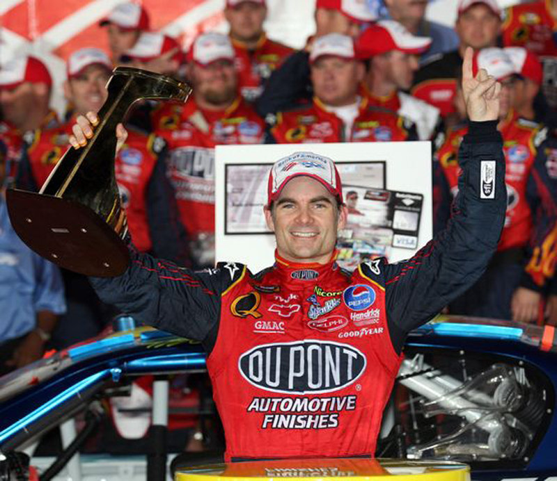 Jeff Gordon is one step closer to the fifth Nextel Cup title