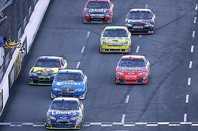 Jimmie Johnson wins at Martinsville Speedway