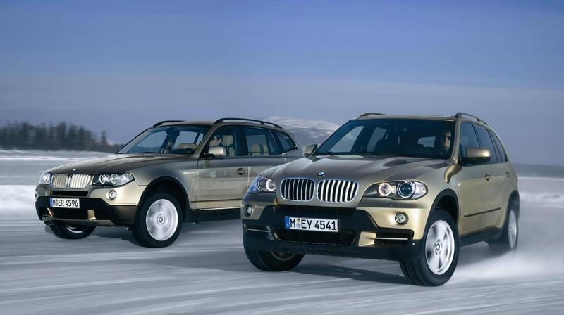 "2008 BMW X3 and X5 earn ""Top safety pick award"""