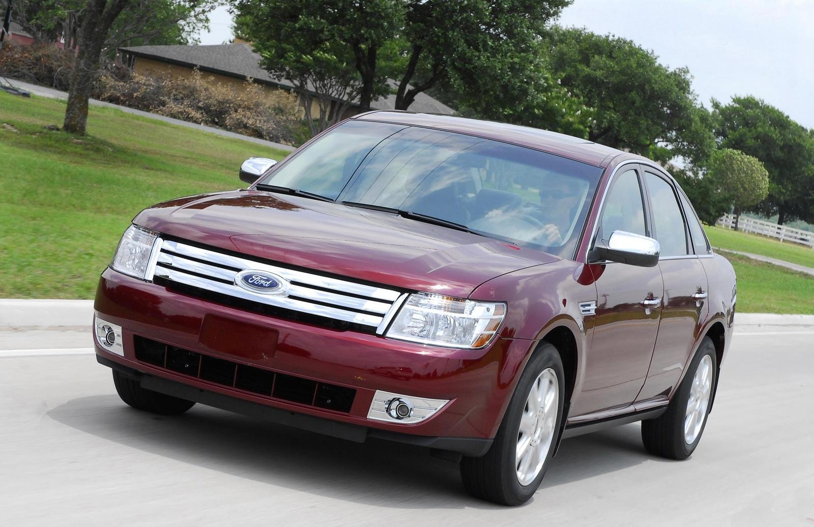 2008 ford taurus named family car of the year news top speed. Black Bedroom Furniture Sets. Home Design Ideas