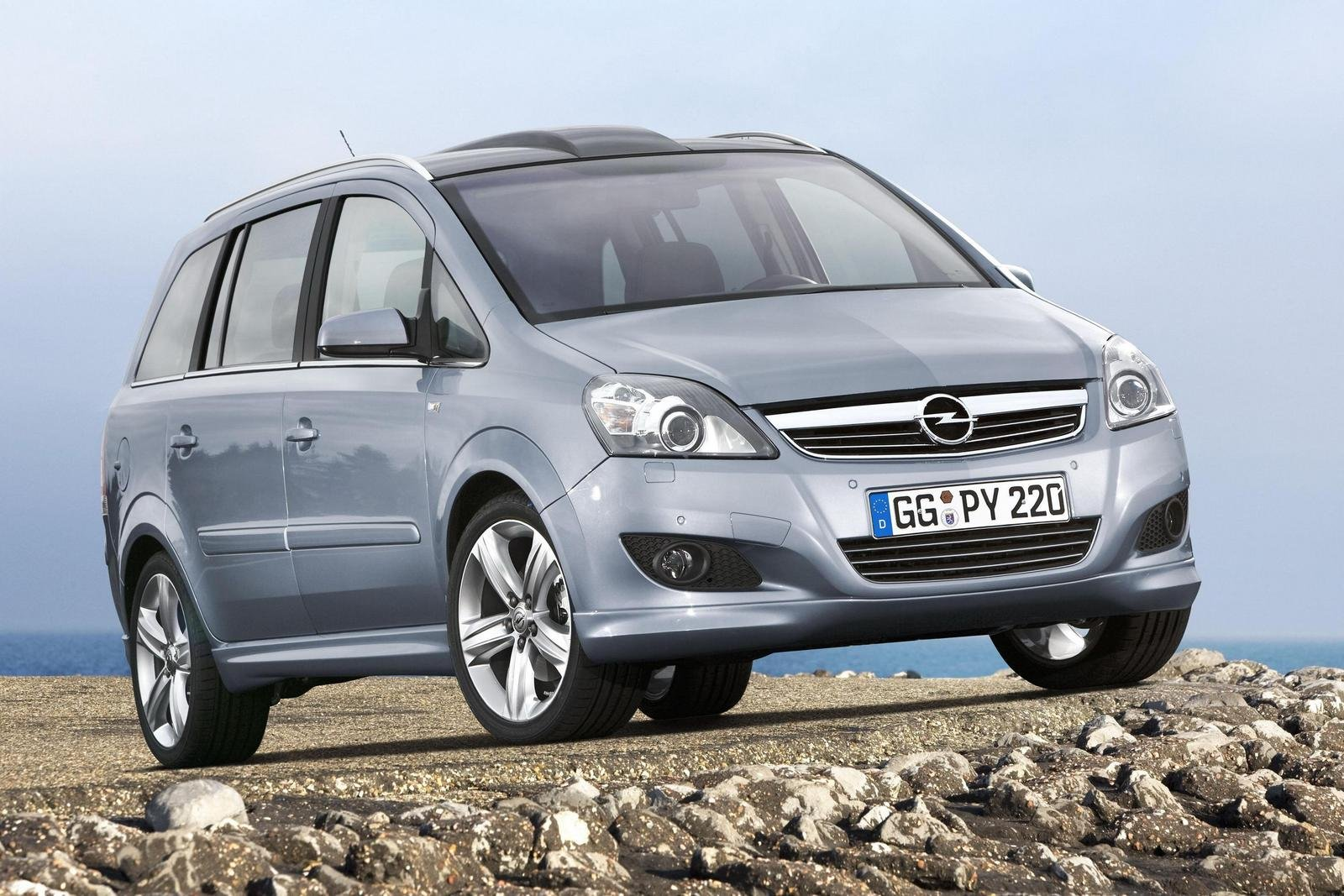 2008 opel zafira review top speed. Black Bedroom Furniture Sets. Home Design Ideas
