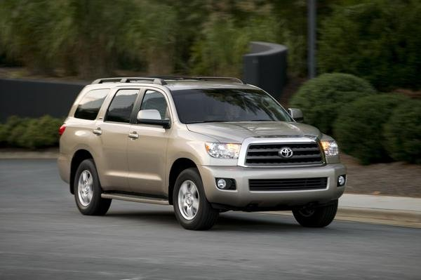 2013 toyota sequoia car review top speed. Black Bedroom Furniture Sets. Home Design Ideas