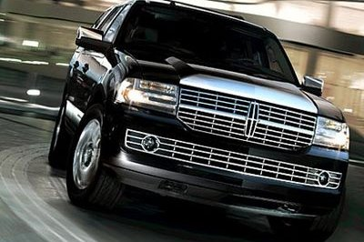 Common to promote the 2008 Lincoln Navigator
