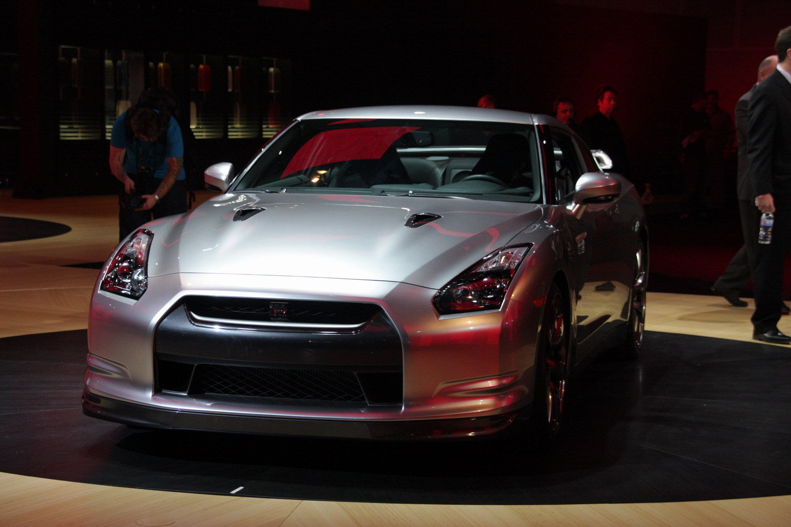 nissan expects 1500 gt r sales a year in usa news top speed. Black Bedroom Furniture Sets. Home Design Ideas