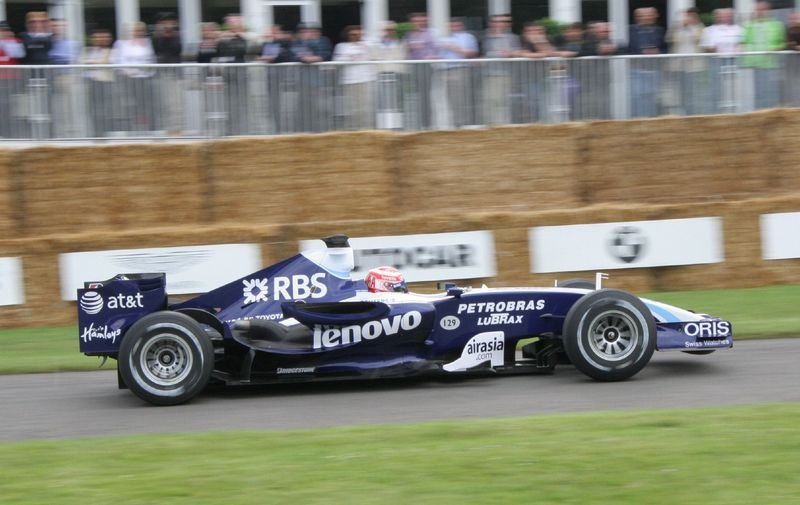 Rosberg and Nakajima will drive for Williams in 2008