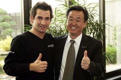 Timo Glock will race for Panasonic Toyota Racing in 2008