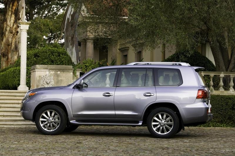 2008 Lexus LX570 pricing announced