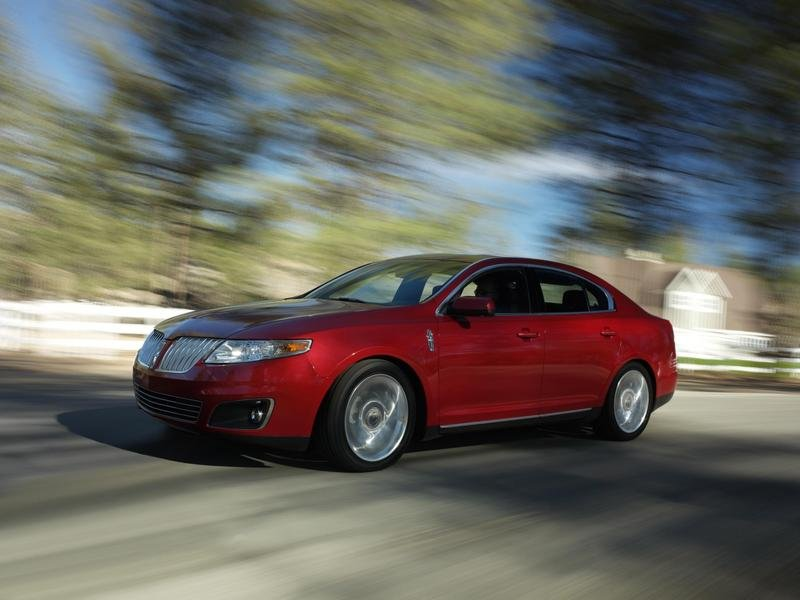 Lincoln MKS's engine production ready to begin