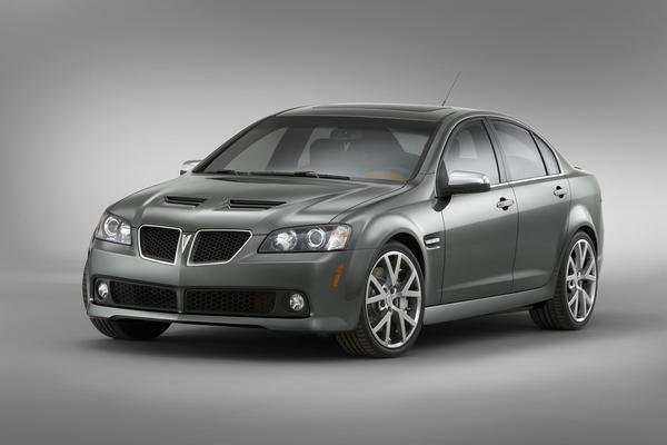 pontiac g8 exports underway to usa picture