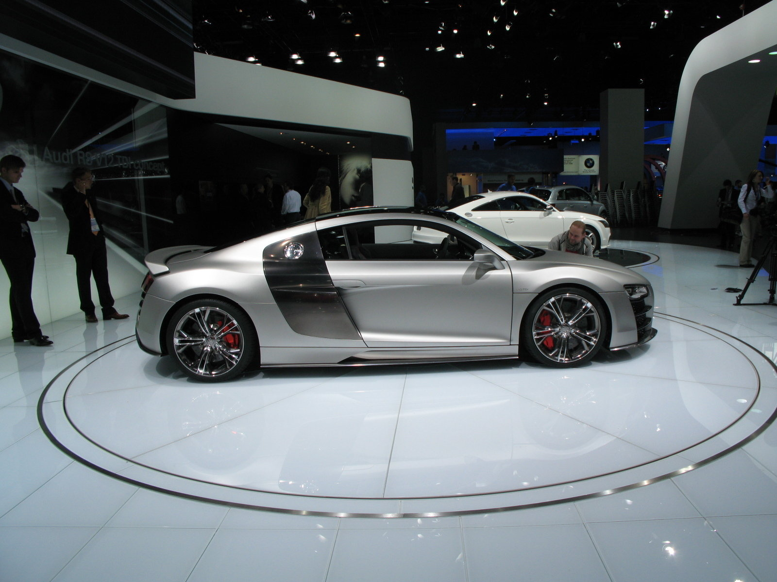 2008 audi r8 v12 tdi picture 225419 car review top speed. Black Bedroom Furniture Sets. Home Design Ideas