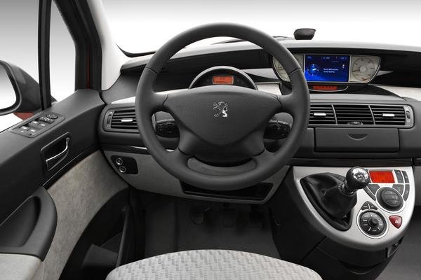 2008 peugeot 807 car review top speed for Interior peugeot 807