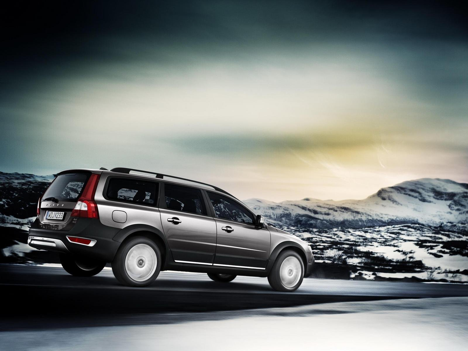 2008 volvo xc70 and s80 winter edition picture 227886 car review top speed. Black Bedroom Furniture Sets. Home Design Ideas