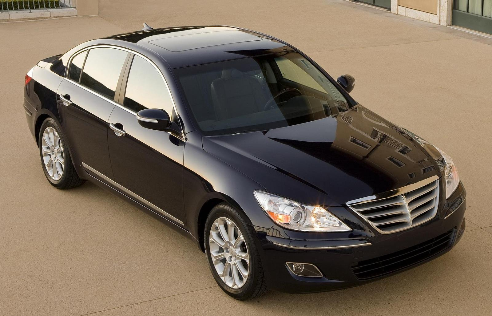 Cars For Sale In Detroit >> 2008 Hyundai Genesis Review - Top Speed