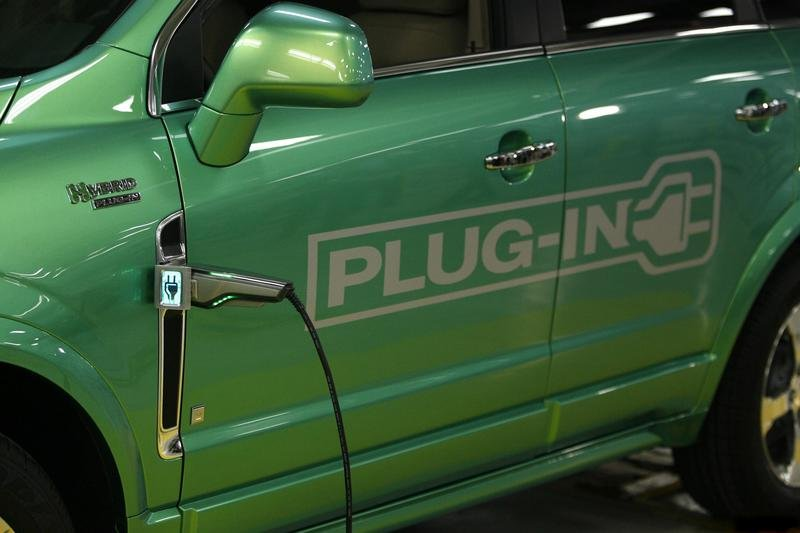 Saturn Vue Green Line Plug-in Hybrid into production starting 2010?