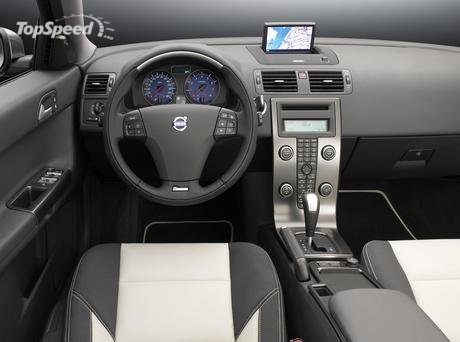 volvo s40 interior. Other R-design interior