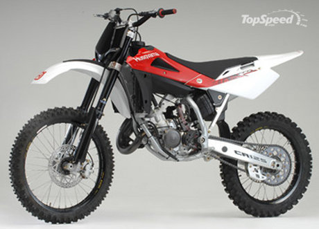 husqvarna cr 125. An impressive 125cc two-stroke motorcycle with a little