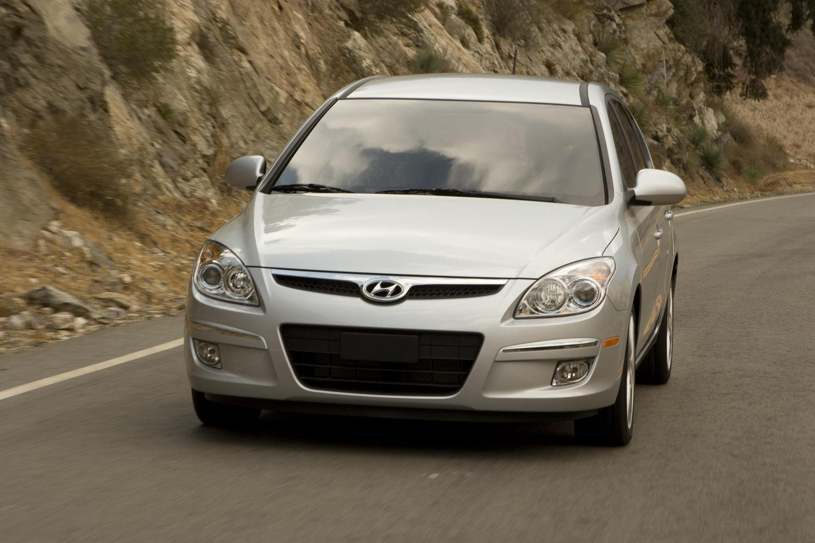 2009 hyundai elantra touring picture 230725 car review. Black Bedroom Furniture Sets. Home Design Ideas