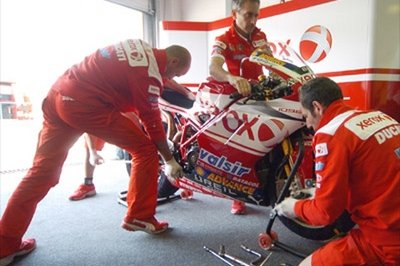 The Ducati Xerox team prepares for an action packed weekend in Phillip Island