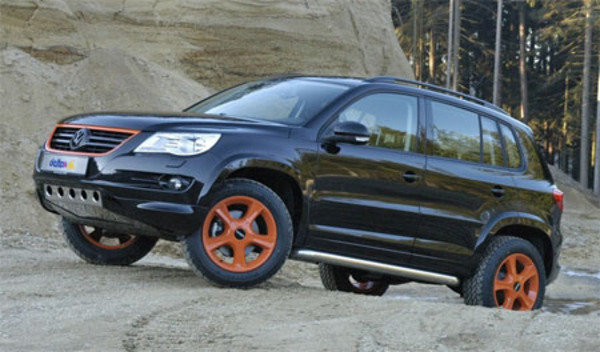 volkswagen tiguan by delta 4x4 news top speed. Black Bedroom Furniture Sets. Home Design Ideas