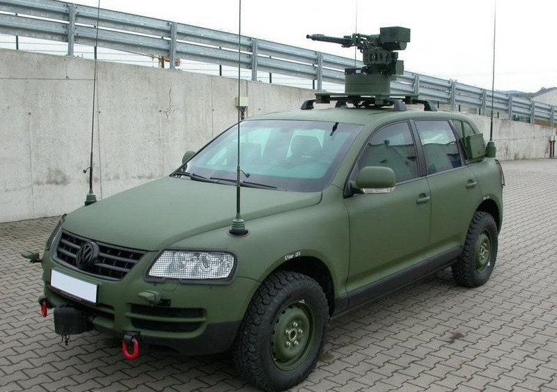 VW Touareg in army costumes