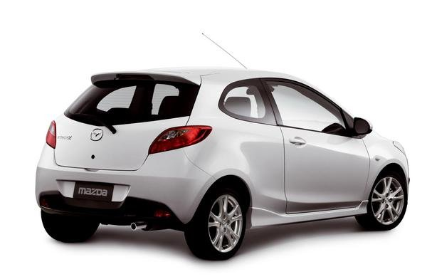 2008 mazda2 three door car review top speed. Black Bedroom Furniture Sets. Home Design Ideas