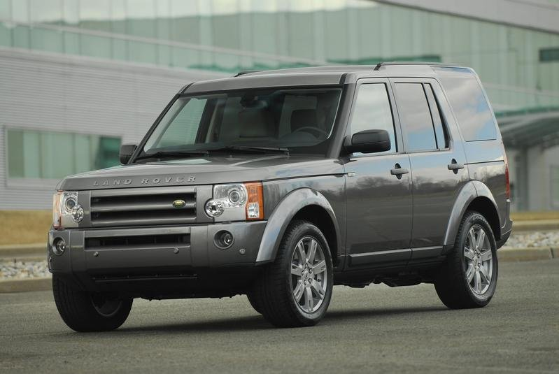 land rover lr3 news and reviews top speed. Black Bedroom Furniture Sets. Home Design Ideas