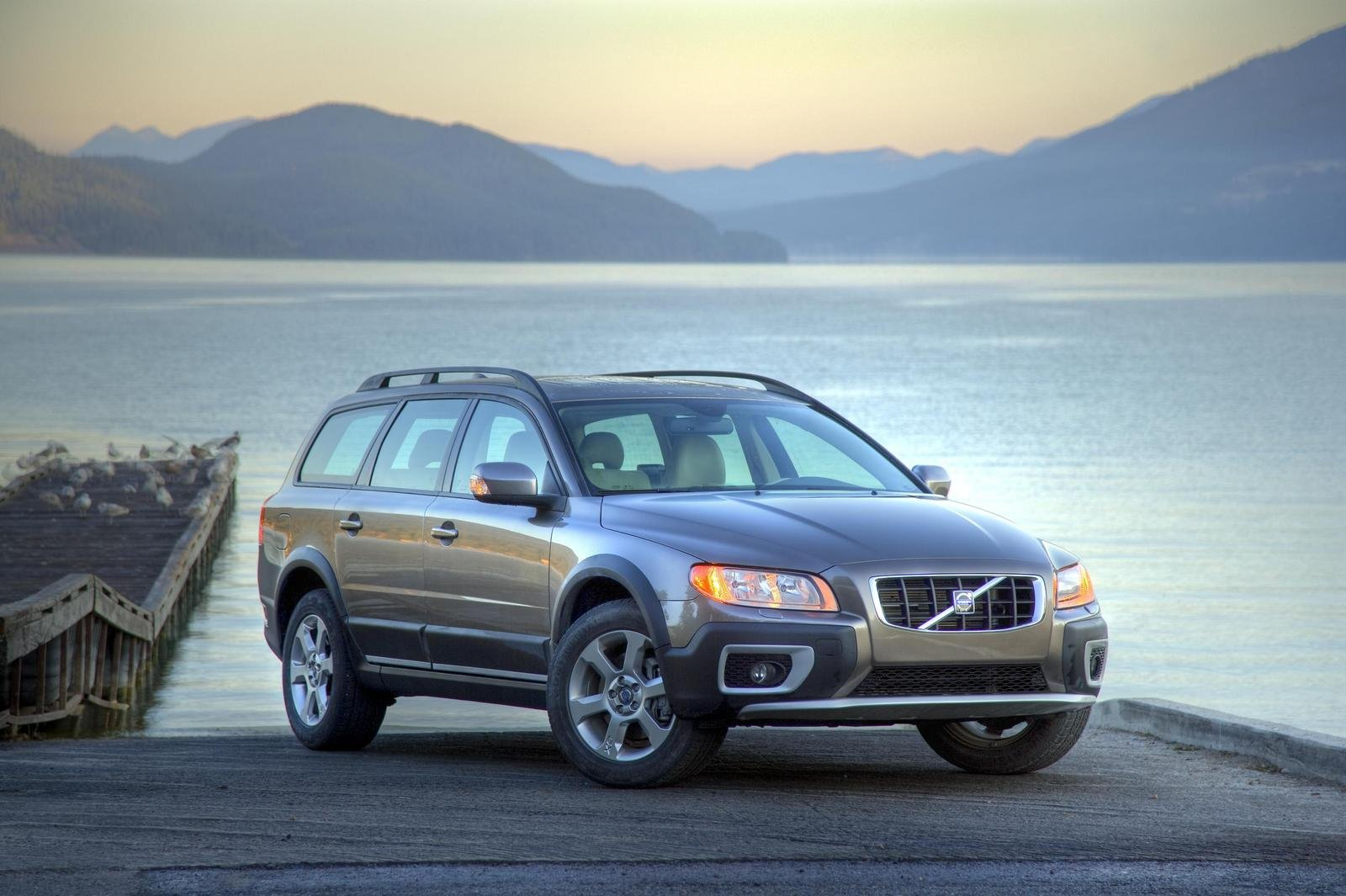 2009 volvo xc70 t6 review top speed. Black Bedroom Furniture Sets. Home Design Ideas