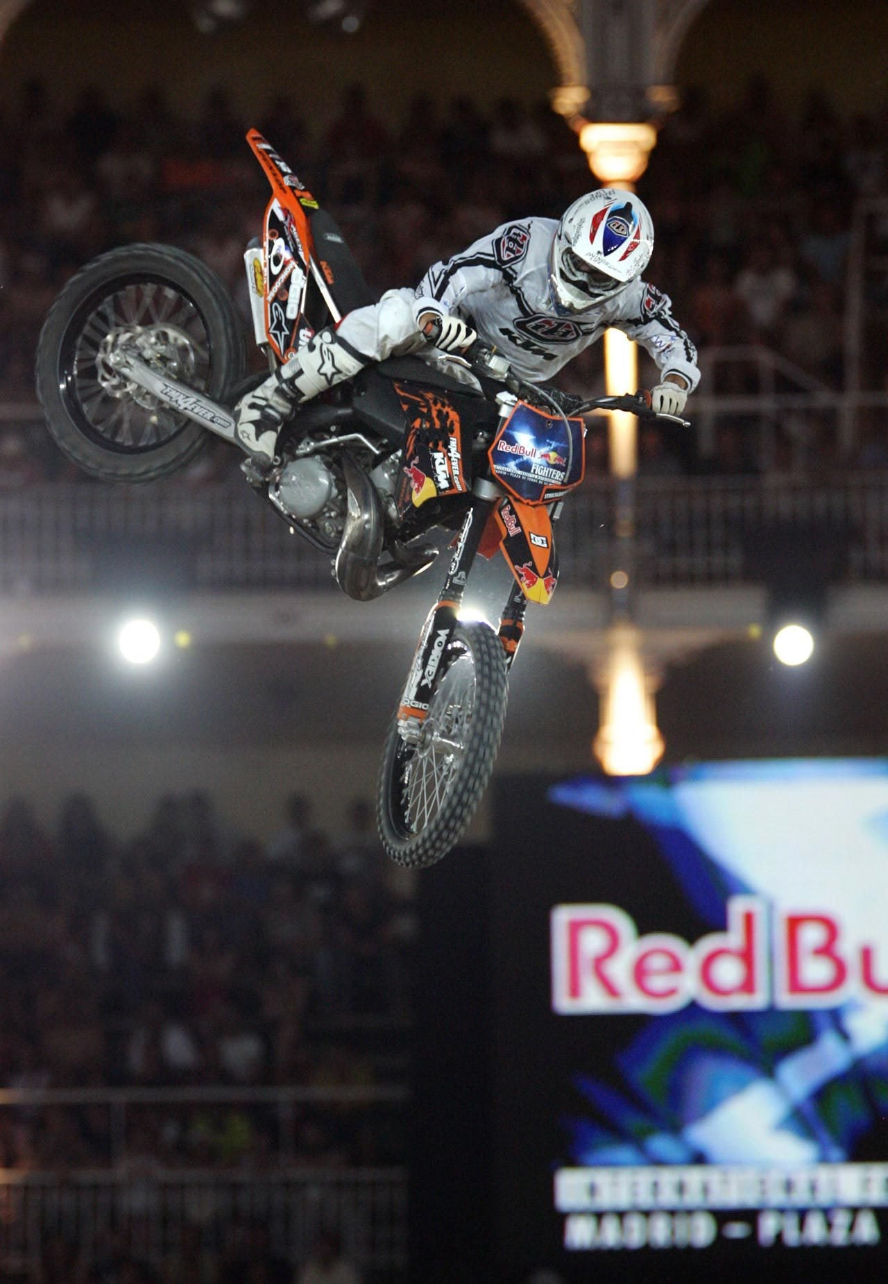 red bull x fighters 2008 picture 239279 motorcycle news top speed. Black Bedroom Furniture Sets. Home Design Ideas