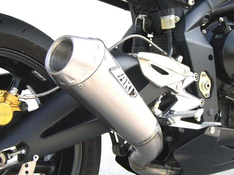 Zard Exhaust for the Triumph Street Triple