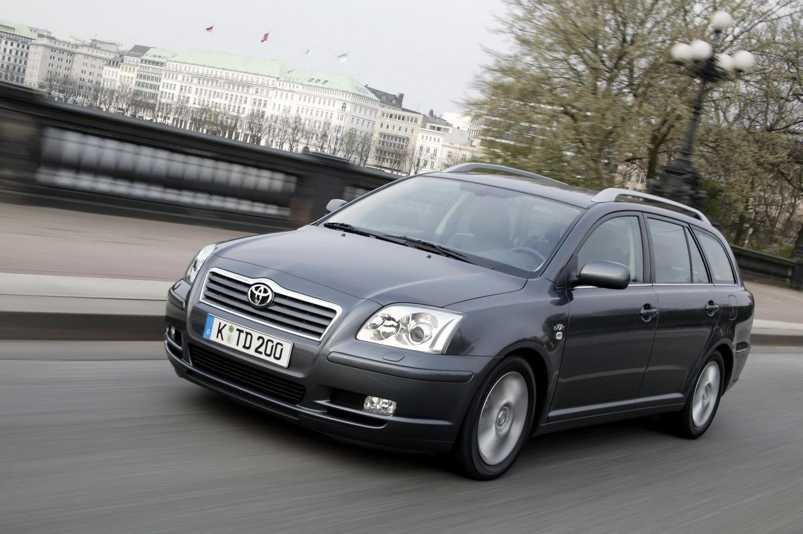 2010 toyota avensis picture 242976 car review top speed. Black Bedroom Furniture Sets. Home Design Ideas