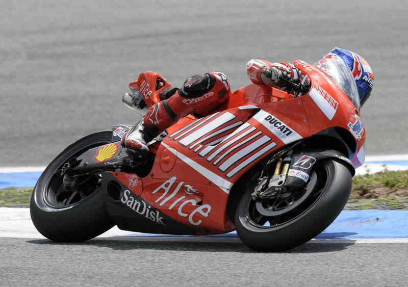 Demanding day one for Ducati MotoGP Team in Portugal