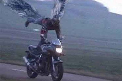 Motorcycle photo of the day: How to fly from your bike!